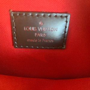 Louis Vuitton Bags - Louis Vuitton Bloomsbury Gm